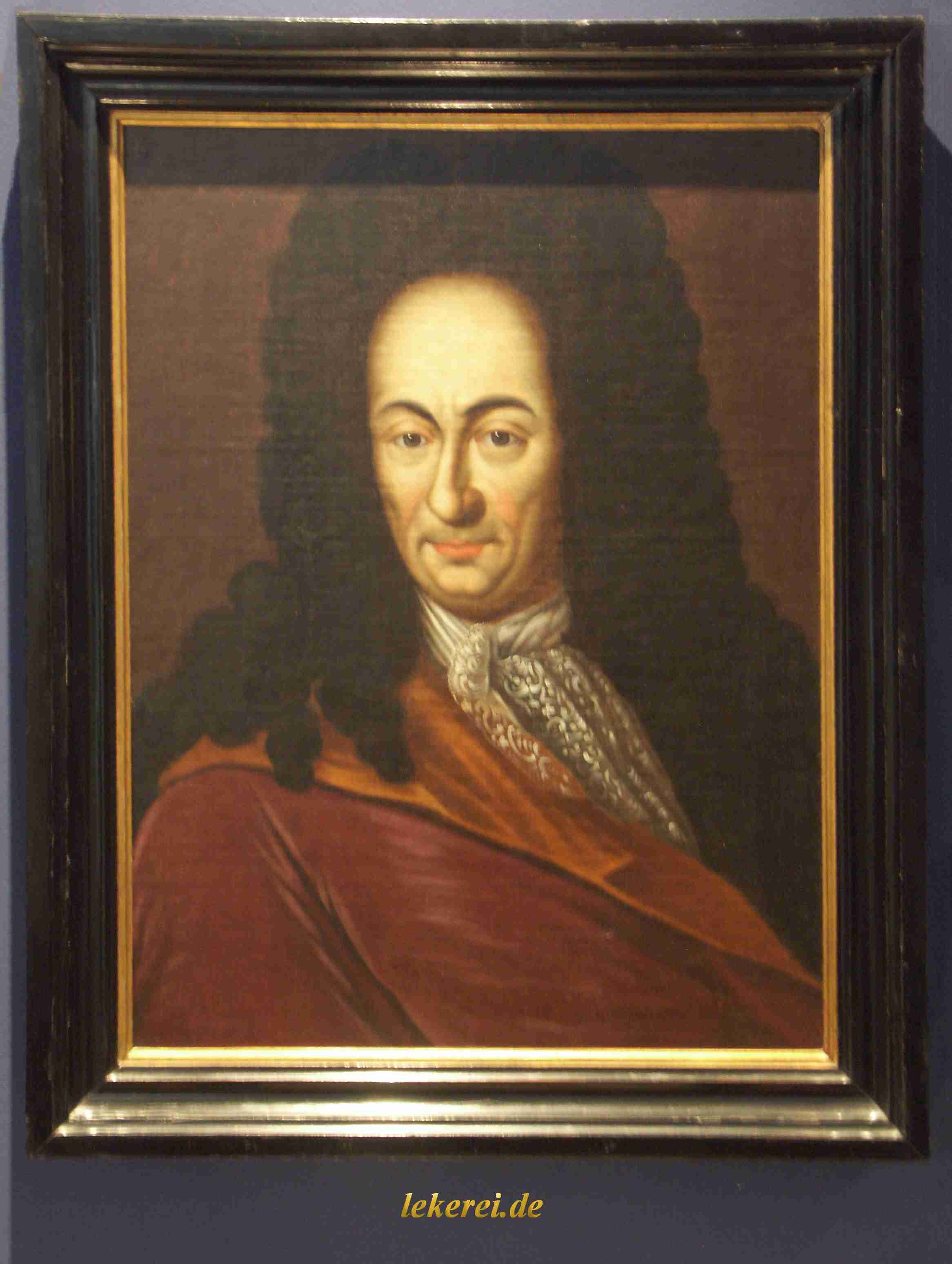gottfried leibniz Gottfried wilhelm leibniz (also leibnitz or von leibniz) 1 july 1 (21 june os) 1646 – 14 november 1716) was a german intellectual who wrote mostly in french and latinhe played an important role in both philosophy and mathematics.